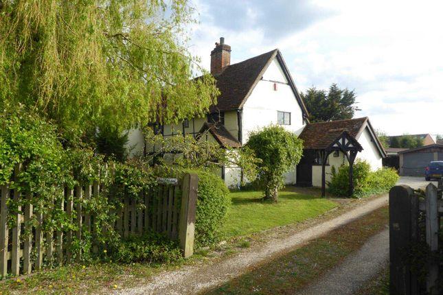 Thumbnail Property for sale in Bearwood Path, Winnersh