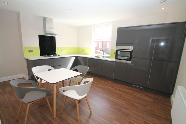 Thumbnail Terraced house to rent in All Bills Included - Carberry Road, Hyde Park, Leeds