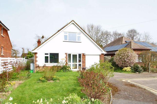 Thumbnail Detached house for sale in Grange Close, Edenbridge