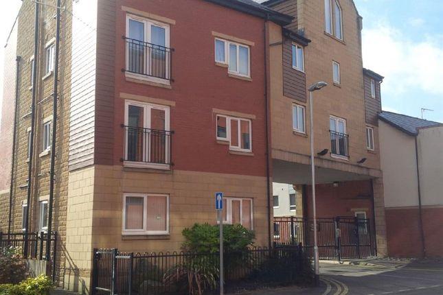 Thumbnail Flat to rent in Pine Street, Heywood