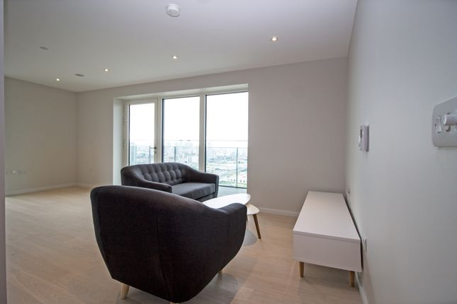 Thumbnail Flat for sale in Glasshouse Gardens, Cassia Point, Stratford