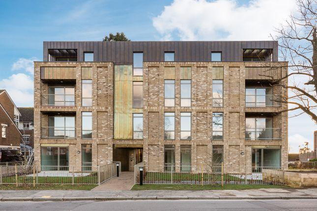 Thumbnail Flat to rent in Church Road, Haywards Heath