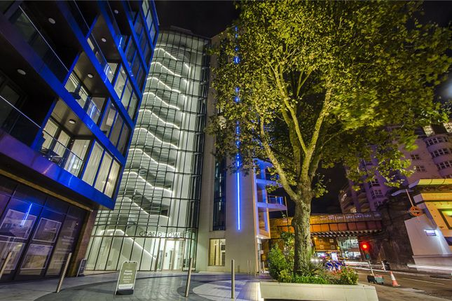 Thumbnail Flat for sale in Grand Tower, 1 Plaza Gardens, London