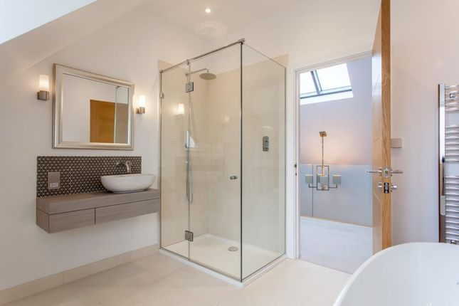 Bathroom of Arundells, Whitehall Lane, Checkendon RG8