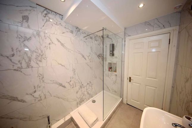 Bathroom of Pitkerro Road, Dundee DD4