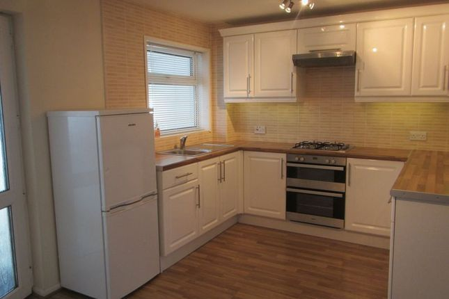 3 bed semi-detached house to rent in Birch Close, Patchway, Bristol