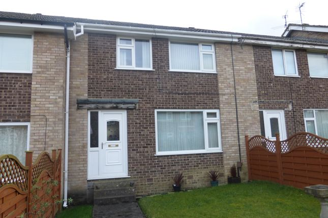 3 bed town house for sale in Exeter Crescent, Killinghall, Harrogate