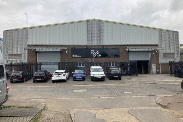 Thumbnail Warehouse to let in Greycaine Road, Watford