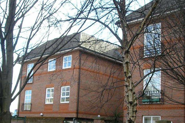 Thumbnail Flat to rent in Fawcett Street, York