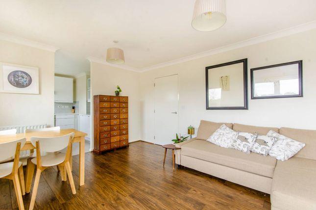 Thumbnail Flat to rent in Church Road, Islington