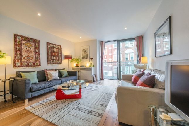 Thumbnail Flat for sale in Newman Street, Fitzrovia, London
