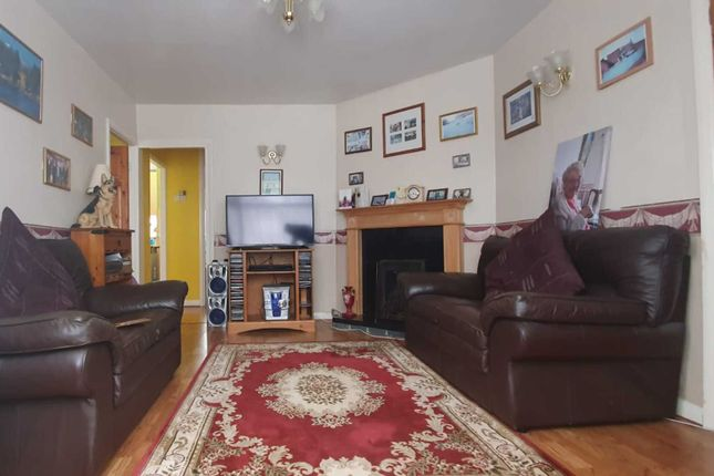 Maisonette to rent in Stratford Road, Yeading, Hayes