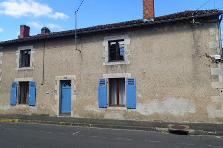 4 bed property for sale in Montmorillon, Vienne, France