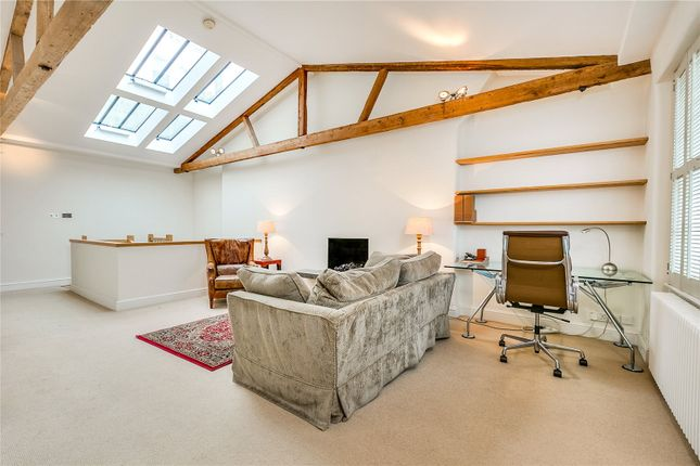 Thumbnail Mews house for sale in Holland Park Mews, London