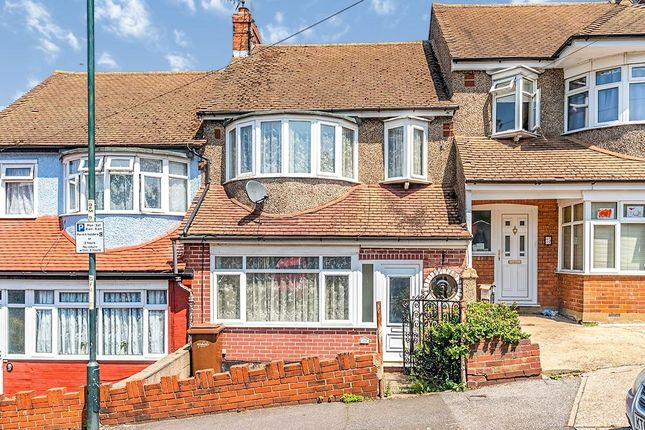 Thumbnail Terraced house to rent in Grosvenor Avenue, Chatham