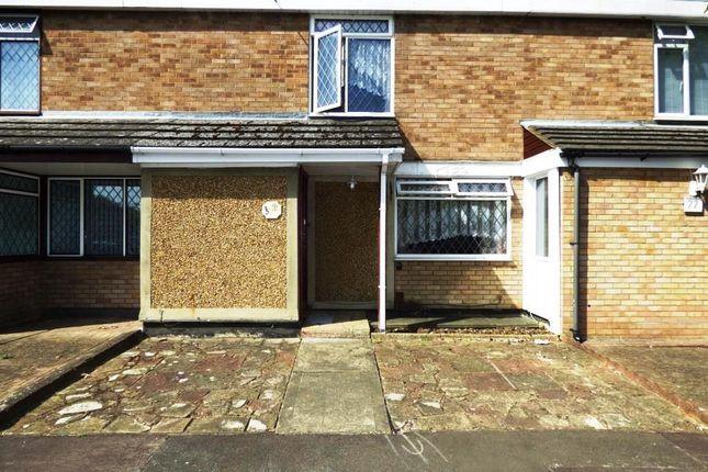 Thumbnail Terraced house for sale in Little Lullaway, Basildon, Essex