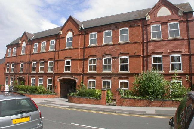 Thumbnail Flat to rent in Mount Pleasent, Redditch