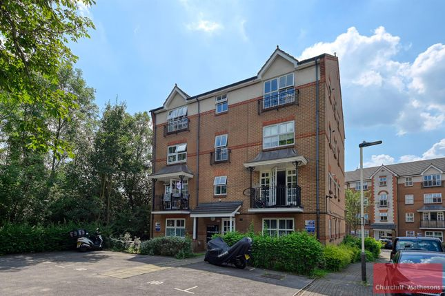 2 bed flat for sale in Shaftesbury Gardens, London NW10