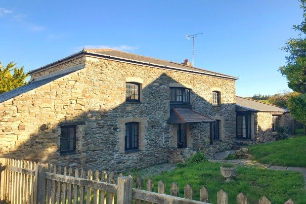 Thumbnail Cottage to rent in Halwyn Hill, Crantock, Newquay