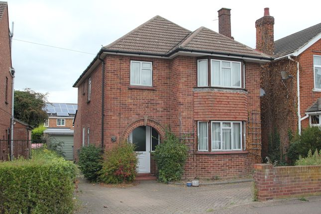 Thumbnail Detached house for sale in De Vere Road, Colchester