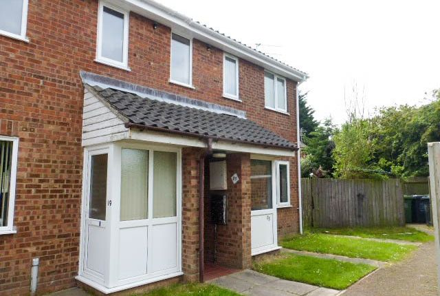 Thumbnail Flat to rent in Wight Drive, Caister-On-Sea, Great Yarmouth