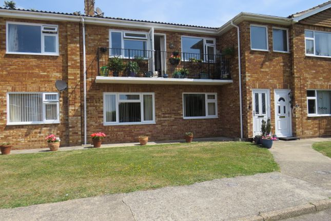Thumbnail Flat for sale in First Time Buyers Look No Further!, Clacton On Sea