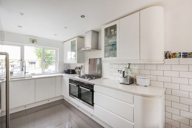 Thumbnail Semi-detached house for sale in Kingslea Mews, Brookers Road, Billingshurst