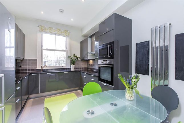 Thumbnail Flat to rent in Dovedale Gardens, Battersea Park Road