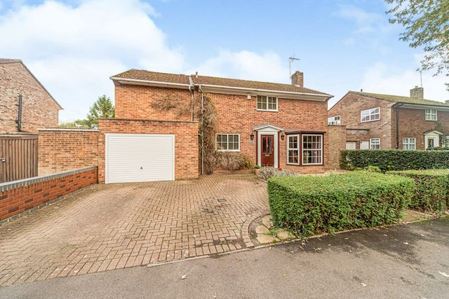 Thumbnail Detached house for sale in Beehive Lane, Welwyn Garden City