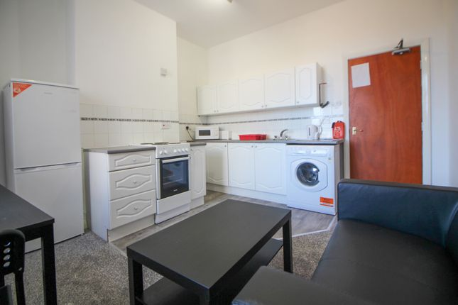 2 bed shared accommodation to rent in Borough Road, Middlesbrough TS1