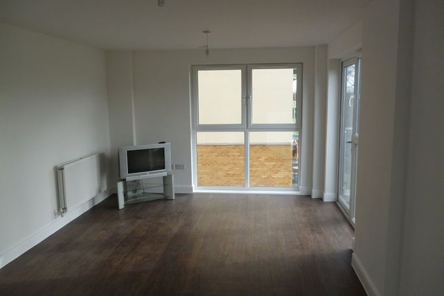 Thumbnail Flat to rent in Academy Way, Becontree, Dagenham