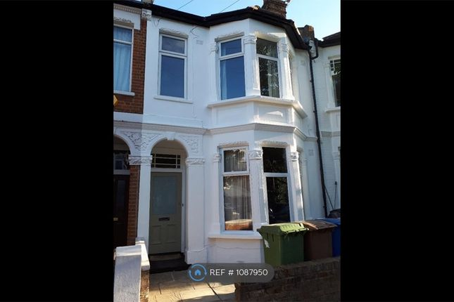 2 bed flat to rent in Tarbert Road, London SE22