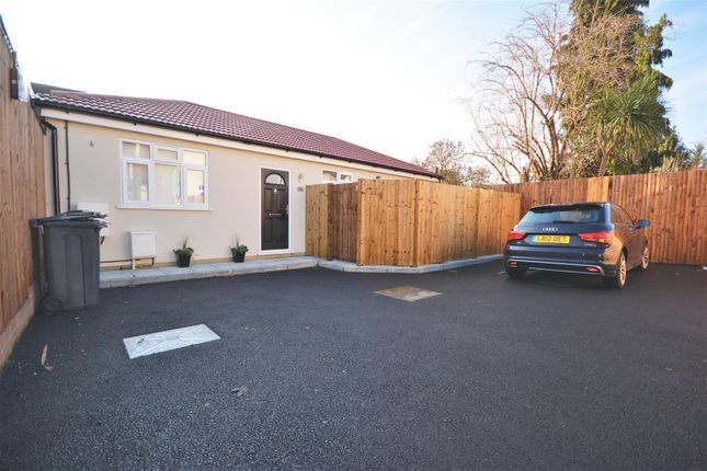 Thumbnail Bungalow for sale in Lewis Road, Mitcham
