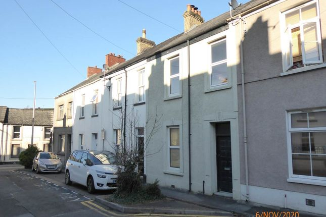 3 bed terraced house to rent in Morley Street, Carmarthen SA31