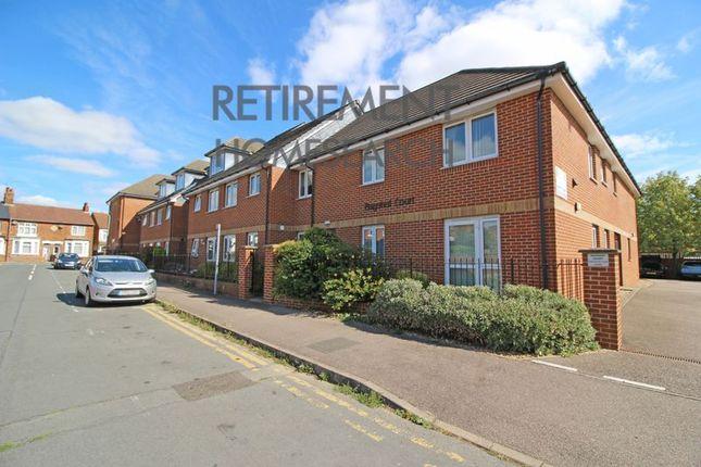 Flat for sale in Bagshot Court, Milton Keynes