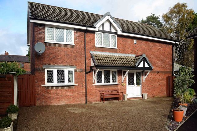 Thumbnail Detached house for sale in Chaffinch Close, Droylsden, Manchester
