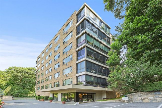 Thumbnail Property for sale in 72 Pondfield Rd W #5F, Bronxville, Ny 10708, Usa