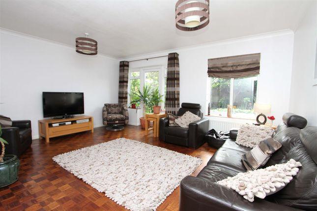 Living Room of Thornhill Road, Ickenham, Uxbridge UB10