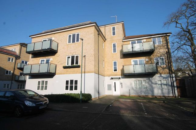 Thumbnail Flat for sale in Talehangers Close, Bexleyheath