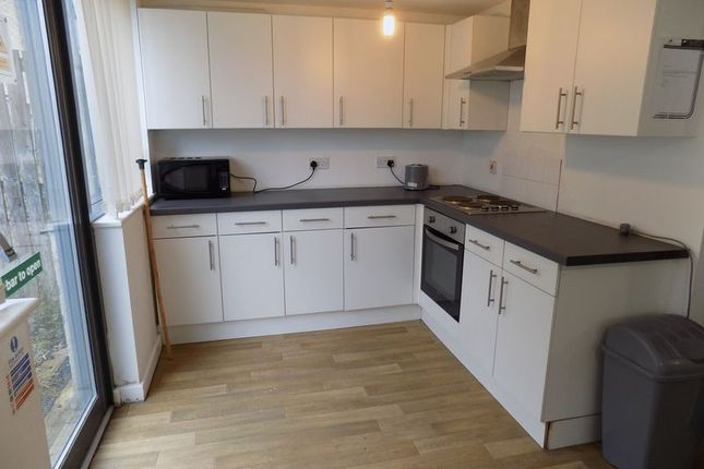 Communal Kitchen of Hallgate, Bradford - Attention Investors, Tenanted Investment BD1