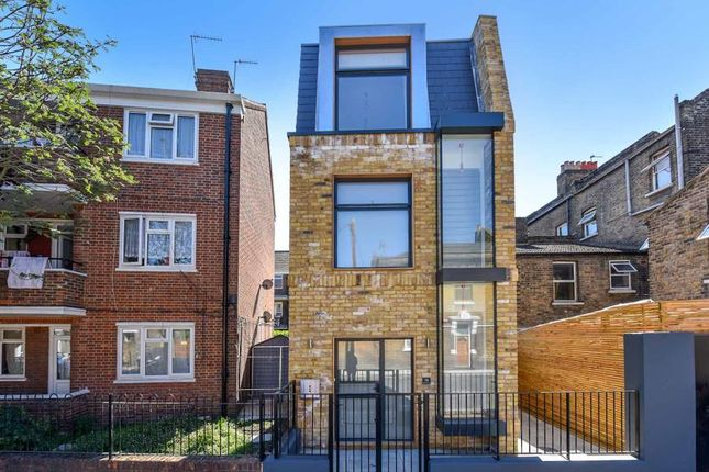 Thumbnail Detached house to rent in Rainbow Street, London