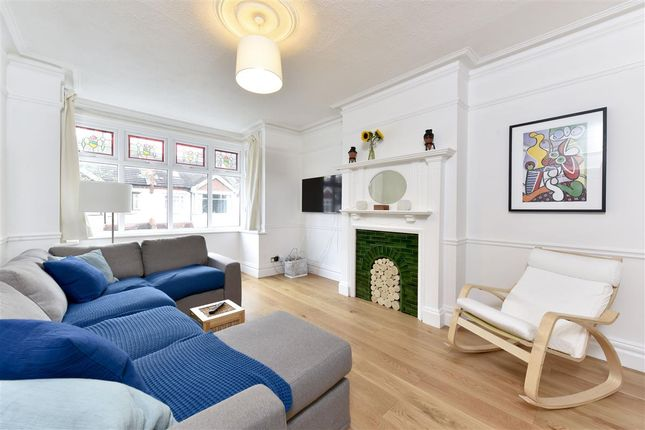 Thumbnail Flat to rent in Beverstone Road, London