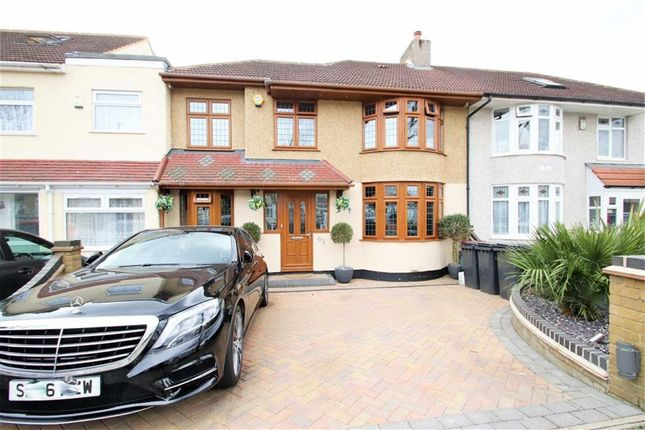 Thumbnail Semi-detached house for sale in Fairlawn Avenue, Bexleyheath