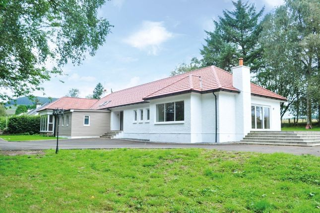 Thumbnail Bungalow for sale in Craigton, Milngavie, East Dunbartonshire