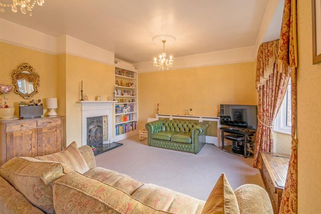 Thumbnail Flat for sale in London Road, Hertford