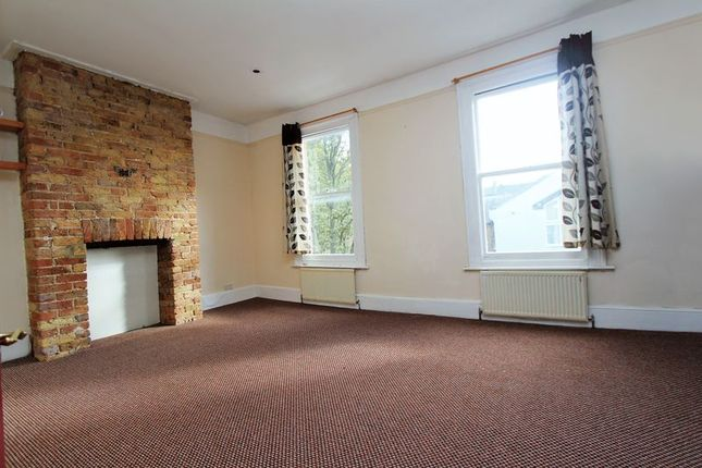 Thumbnail Flat to rent in Thames Road, London