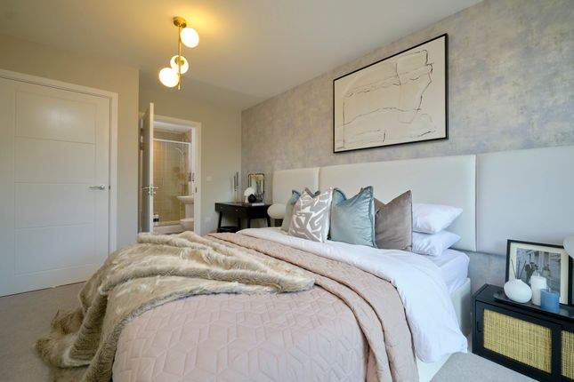 2 bed flat for sale in Union Court, Canal Street, Campbell Park, Milton Keynes MK9