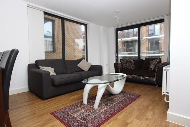 Thumbnail Flat to rent in Vancouver House, Canada Water