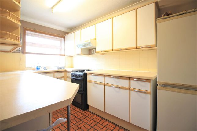 Kitchen of Memorial Close, Heston TW5