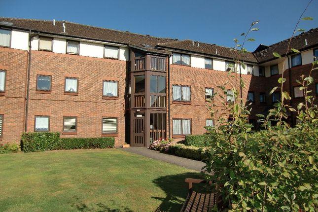 Thumbnail Flat to rent in Beken Court, First Avenue, Garston, Watford
